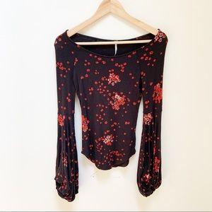 Free People long sleeves black floral top S